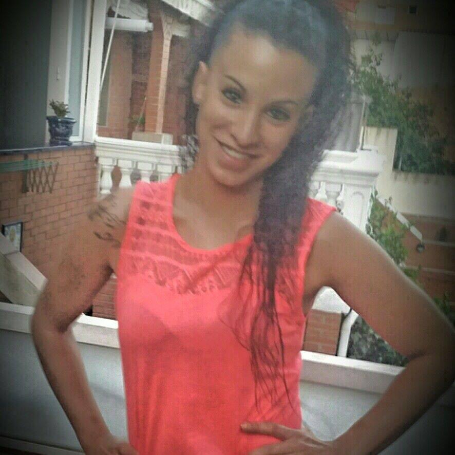 Andrea, 23